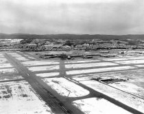 Image of 2015.001.02787.5 - Snow on San Francisco International Airport, 1962