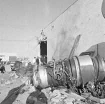 Image of 2015.001.07860.1 - Fallen Aircraft Engine in San Bruno, 1965
