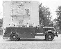 Image of 2015.001.00403.1 - Burlingame Fire Engine Squad 1, 1949