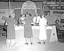Image of 2015.001.00408 - Hatch Corset Stay Shield Display at San Mateo County Fair, 1948