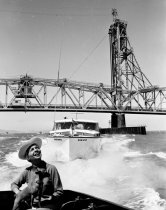 Image of 2015.001.00723.6 - Boating on San Francisco Bay South of Coyote Point, 1959