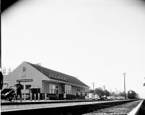 Image of 2015.001.03616.2 - Belmont Train Station, 1962