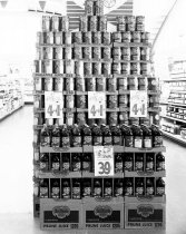 Image of 2015.001.04256.1 - Del Monte Display with Prices at Purity Store in Burlingame, 1962