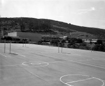 Image of 2015.001.03632.4 - Carlmont High School, 1962
