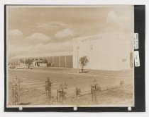 Image of Untitled (Raychem Corporation Headquarters Building A), August 4, 1966