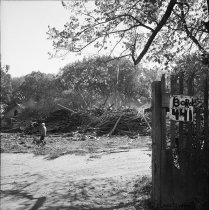 Image of 2015.001.02586C.12 - Destruction of Borel Estates in San Mateo, October 1961