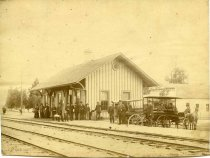 Image of 0000.217.004.2 - Redwood City Railroad Station, c. 1880