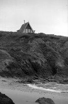 Image of 2015.001.05152B.10 - Coastside Residential Architecture, February 10, 1964