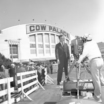 Image of 2015.001.05789 - Telecasting Republican National Convention at Cow Palace in Daly City, 1964