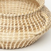 "Image of ""Spittoon"" basket - close up of handle"