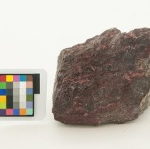 Image of Cinnabar, 10047 with scale bar.