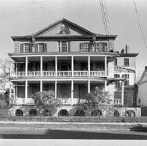 Image of 2006.010.137-195 - 48 Elizabeth Street (Aiken-Rhett House)