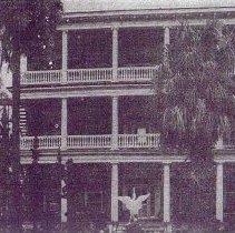 Image of 12 Bee Street