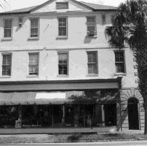 Image of 104 Broad St. (Ann Bocquet Hou