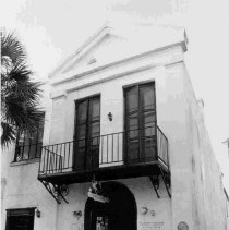 Image of 98 Broad St. (Dr. Henry Frost