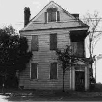 Image of 221 Calhoun Street