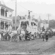 """Image of """"Float,"""" Exposition Opening Day - ca. 1901"""