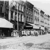 Image of Crowd at 10 Cent Store: 285-299 King Street - ca. 1898-1912
