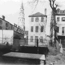 Image of Queen Street East of Church Street [30 Queen Street] - ca. 1898-1912