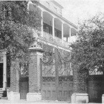 Image of Piineapple Gate House