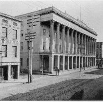 Image of Charleston Hotel