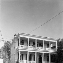 Image of 2006.010.497-498 - 128 Wentworth Street (Henry Cobia House)