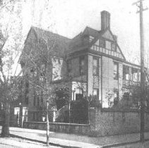 Image of Residence of Charles R. Valk (125 Broad St.), ca. 1902