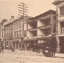 Image of Broad Street After 1886 Earthquake