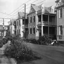 Image of HUGO.002.062 - 119-129 Wentworth Street After Hurricane Hugo