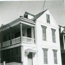 Image of 32 Wentworth Street (William Thompson House) - Property File