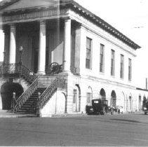 Image of e: Market Hall and Market Street, ca. 1940s