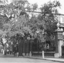 Image of i: 14 Legare Street, ca. 1940s