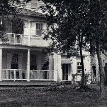 Image of 48 Laurens Piazzas & Outbuilding, ca. 1960