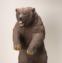 Image of 1994.37.01 - STANDING GRIZZLY