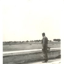 Image of 1989.019 - P989.019.019