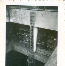 Image of 1986.015V - P986.015V.041