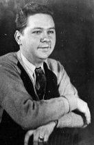 Image of Yeakley, Harry Scott - 104-3b