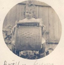 Image of Dorothy Green as a child - 1295-2 wfchs