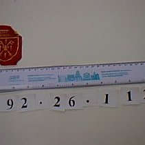 Image of 992.26.112 - badge