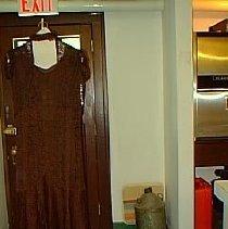 Image of 984.65.4 - dress