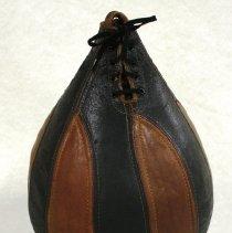 Image of 2011.73.2 - Bag