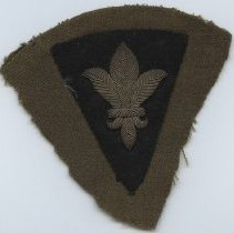 Image of 2011.89.1-District of Paris Shoulder Sleeve Insignia