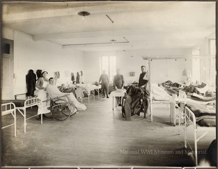 Setting up Base Hospital #28, Medicine in the First World War