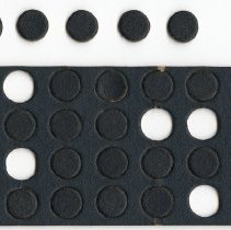 Image of 2010.118_checkers_black Side