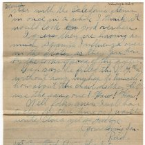 Image of 102_2015.162.4_reid Fields To Parents_october 29, 1918_page 04