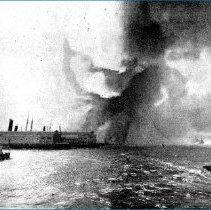 Image of piers w/ S.S. Kaiser Freidrich