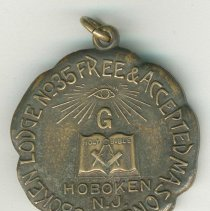 Image of Commemorative medal of Hoboken Lodge No. 35 Free & Accepted Masons for 2000th Communication, Dec. 13, 1923. - Medal, Commemorative