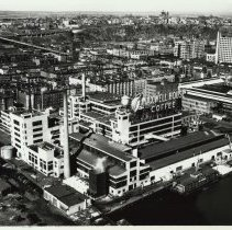 Image of B+W aerial photo of the Maxwell House Coffee plant, February 17, 1949. - Print, Photographic