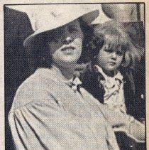 Image of Catherine + Geraldine Carmody