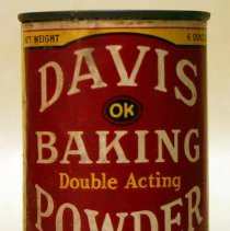 Image of front Davis Baking Powder six ounce can
